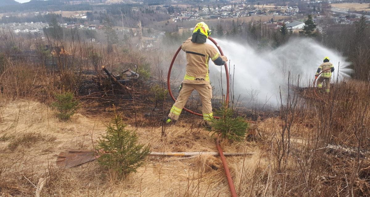 Høy brannfare i skog og utmark nå